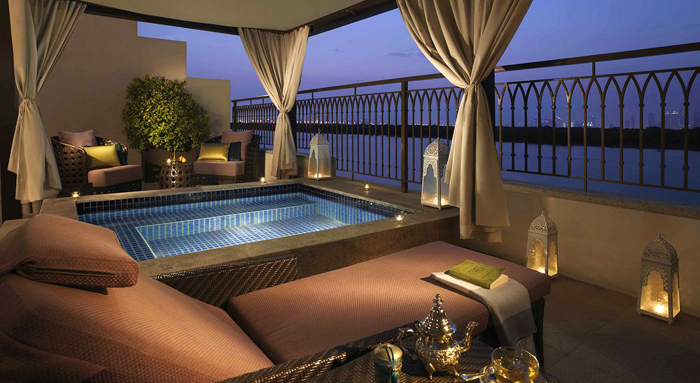 Hotel with private pool - Anantara Eastern Mangroves Abu Dhabi