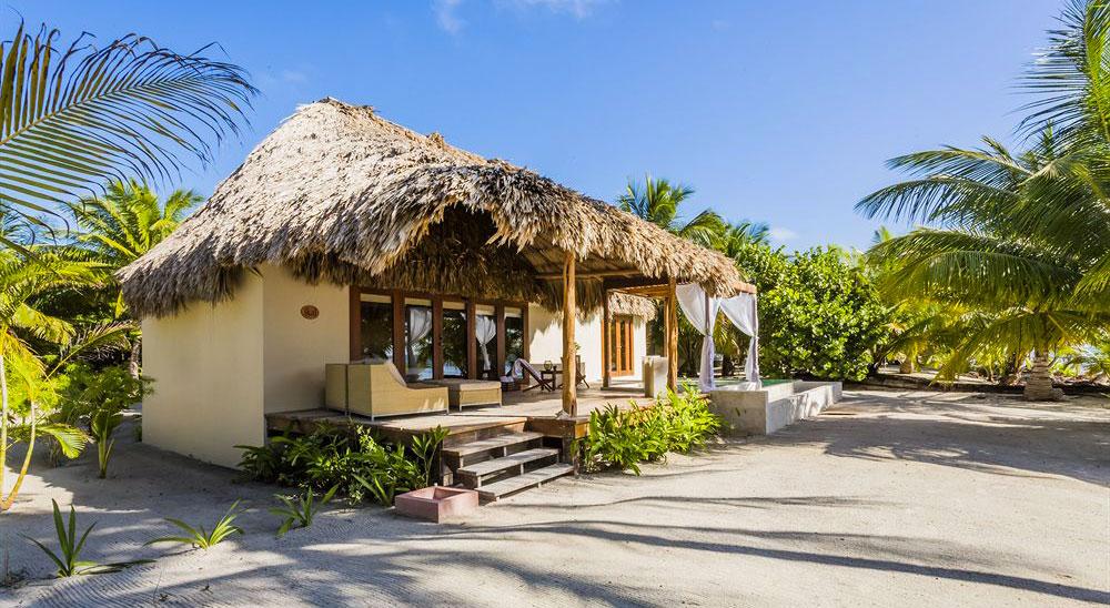 Hotel with private pool - El Secreto