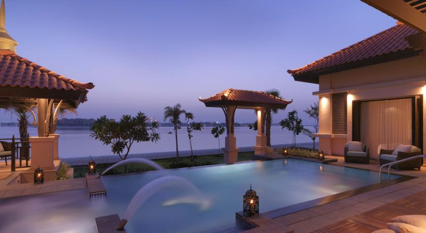 Luxury hotel with private pool villas anantara dubai the for Top rated hotels in dubai