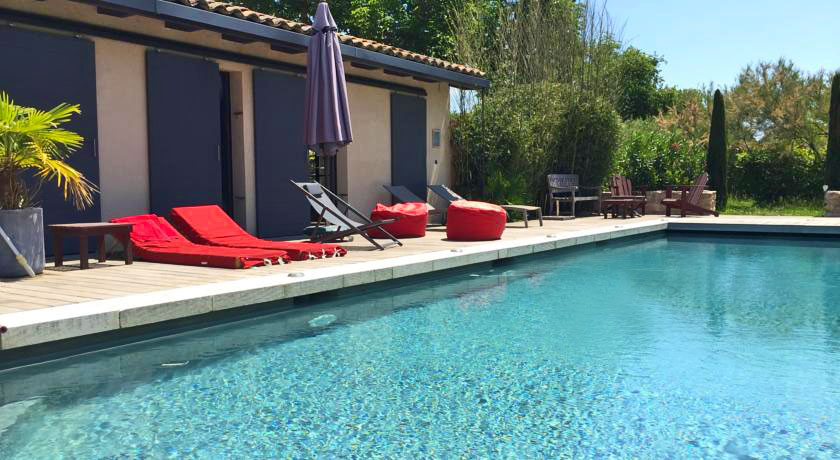 Hotel with private pool - Le Patio