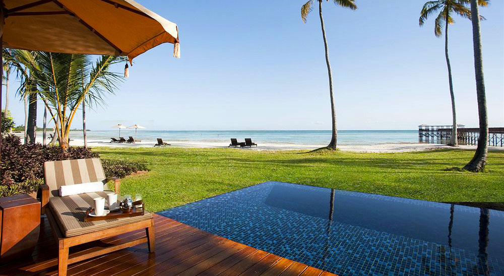 Hotels with private pools luxury villas suites book now for Hotels zanzibar