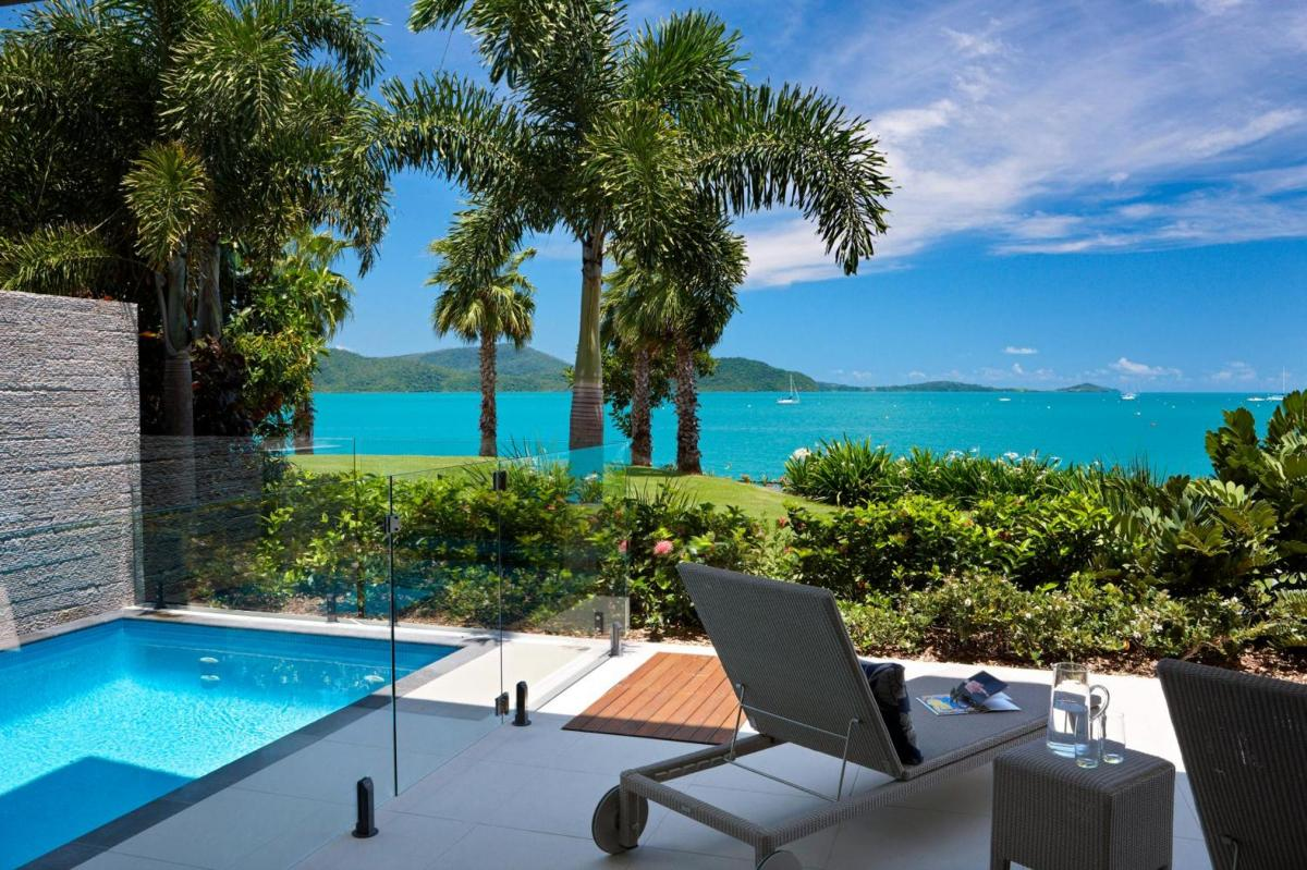 Hotel with private pool - Mirage Whitsundays