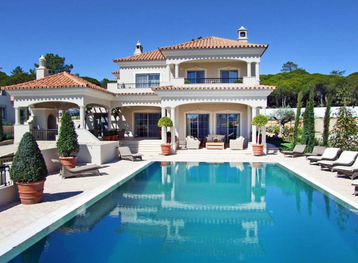 Hotel with private pool - Dunas Douradas Beach Club