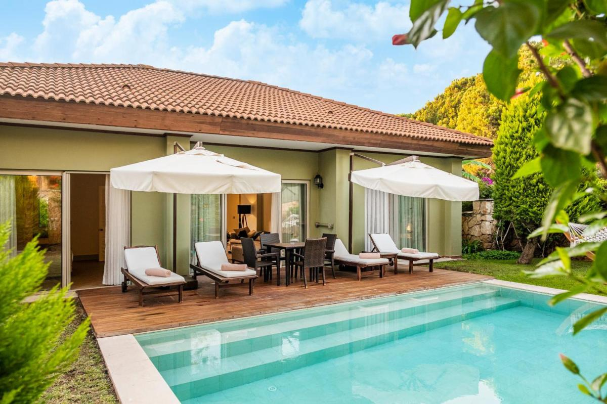 Hotel with private pool - IC Hotels Residence