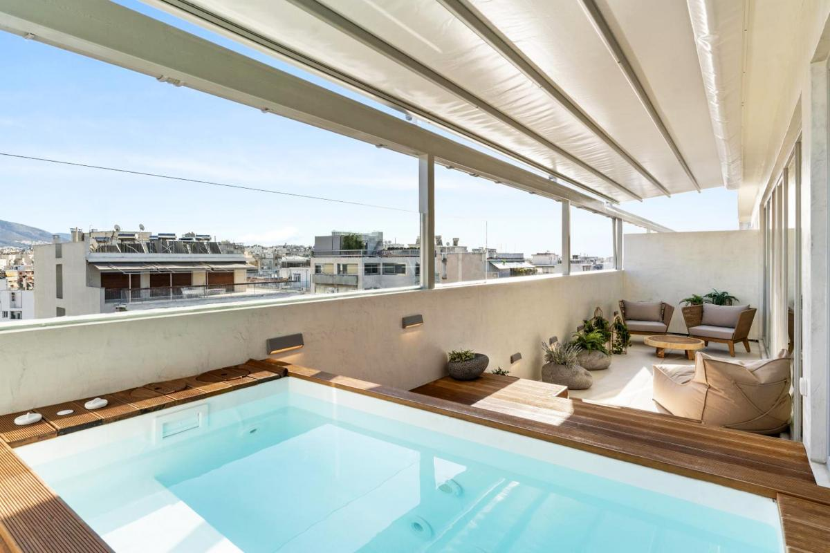 Hotel with private pool - ACRON suites & apartments