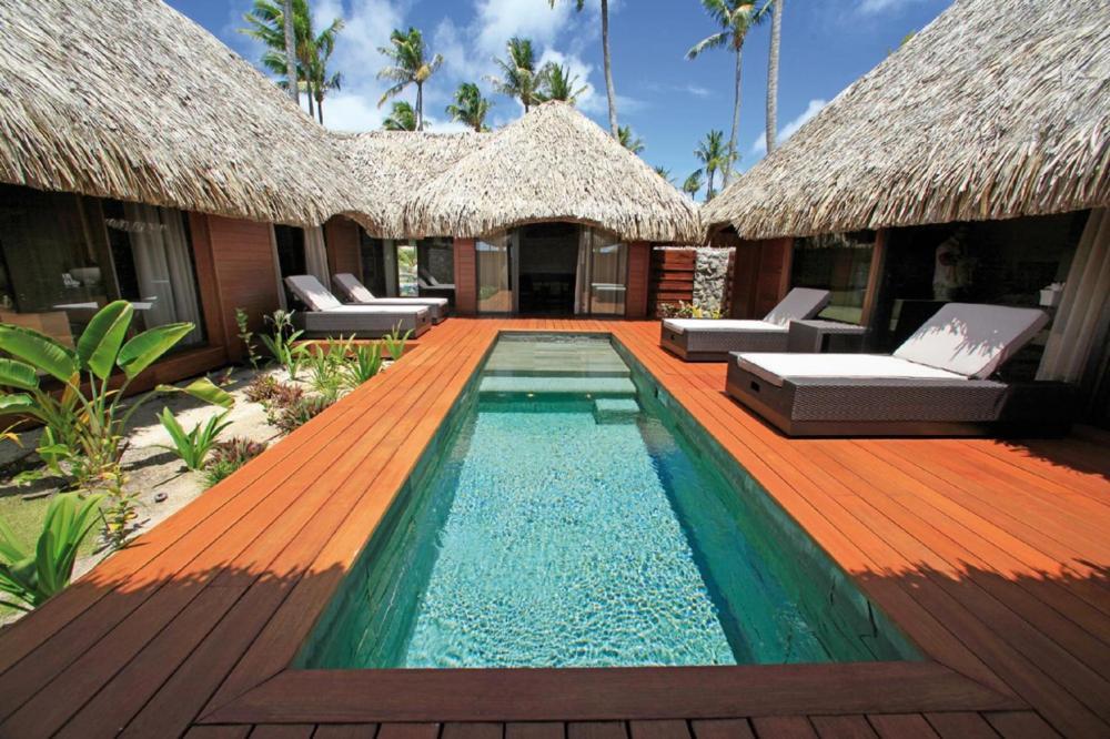 Hotel with private pool - Hotel Kia Ora Resort & Spa