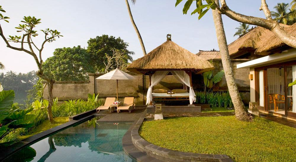 Hotel with private pool - Kamandalu Ubud