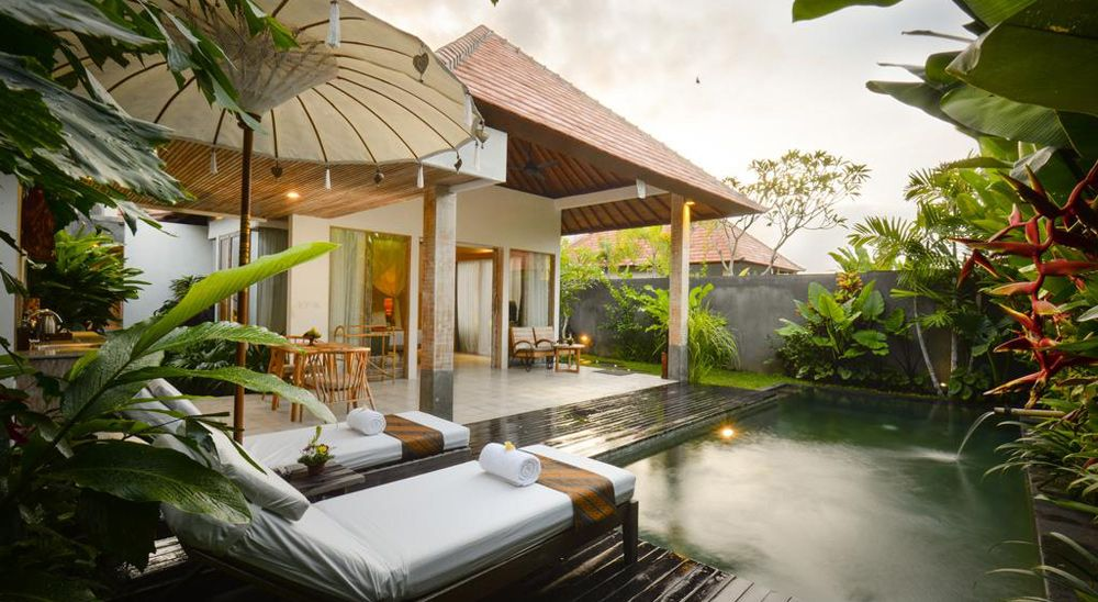 Hotel with private pool - Purana Boutique Resort