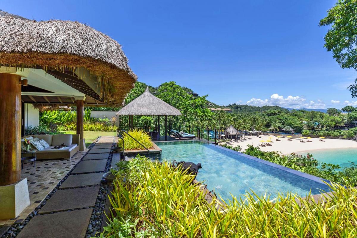 Hotel with private pool - Shangri-La Boracay
