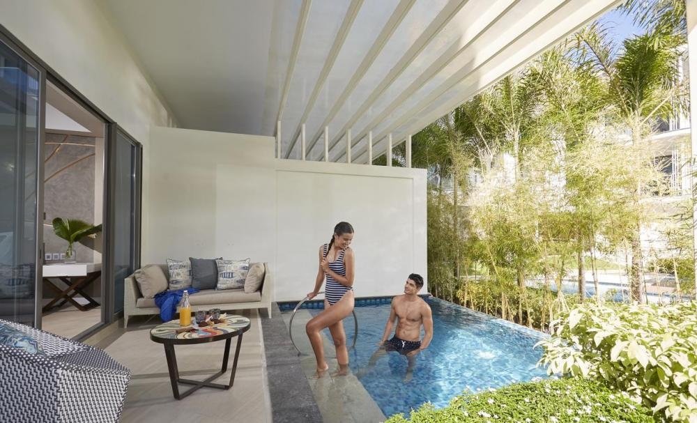 Hotel with private pool - The Lind Boracay