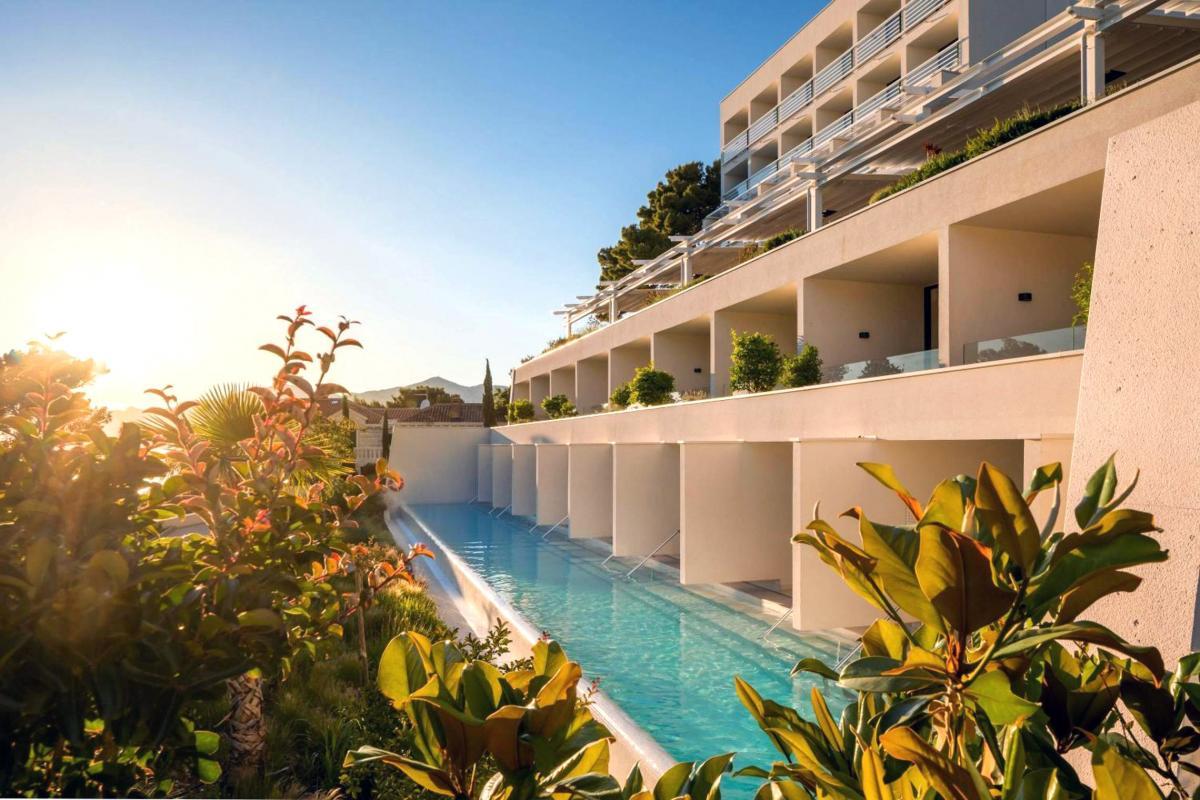 Hotel with private pool - Bluesun hotel Berulia