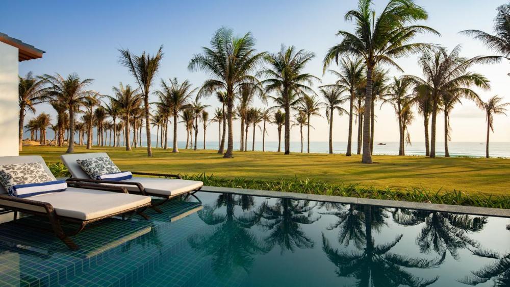 Hotel with private pool - Radisson Blu Resort Cam Ranh