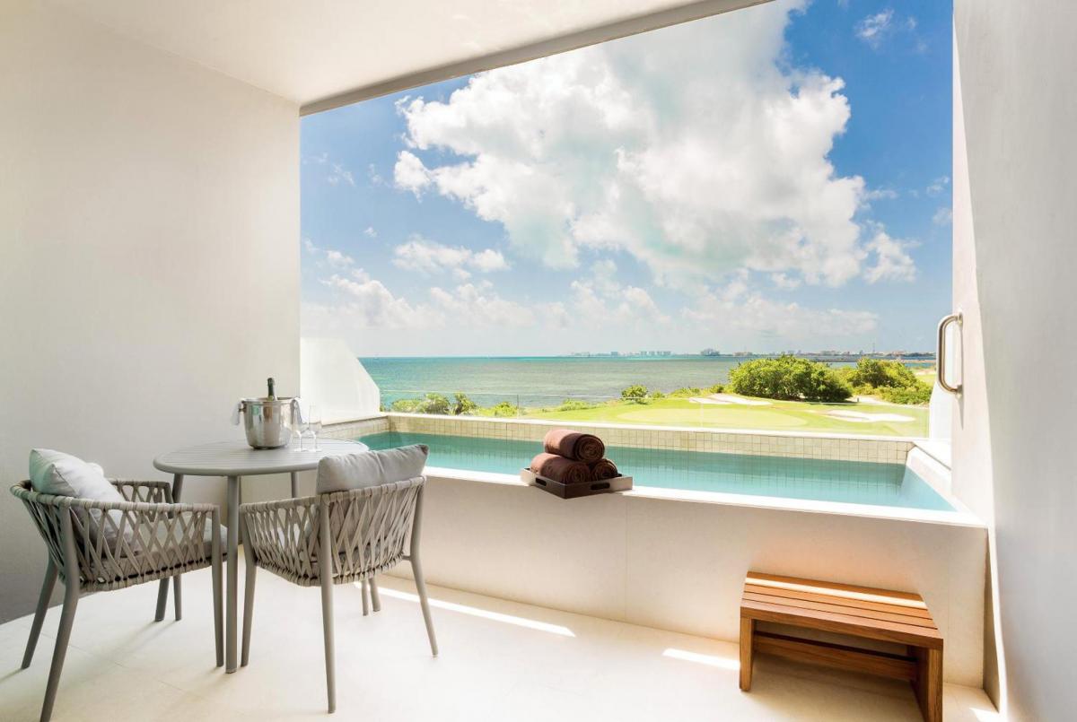 Hotel with private pool - Dreams Vista Cancun Golf & Spa Resort