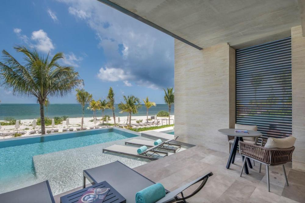 Hotel with private pool - Haven Riviera Cancun