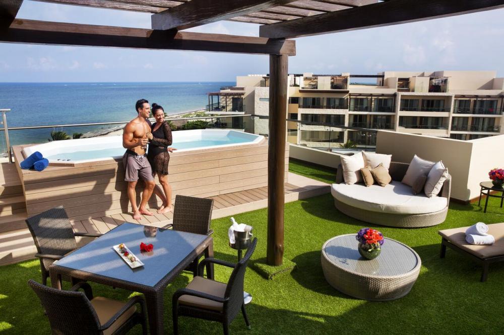 Hotel with private pool - Royalton Riviera Cancun Resort & Spa - All Inclusive