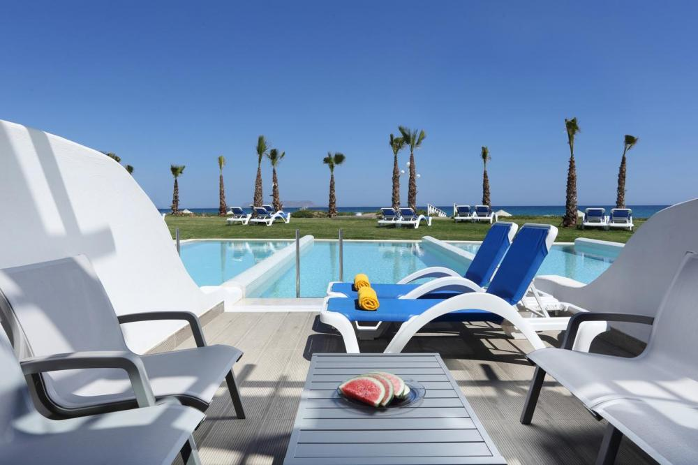 Hotel with private pool - Lyttos Beach