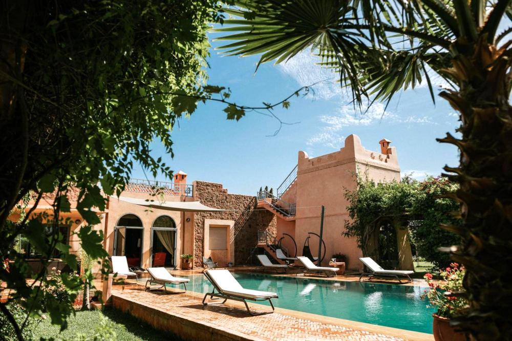 Hotel with private pool - Villa Katia
