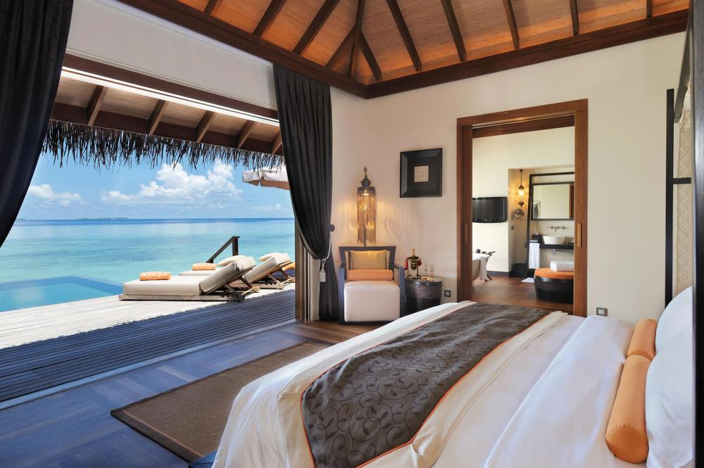 Hotel with private pool - Ayada Maldives