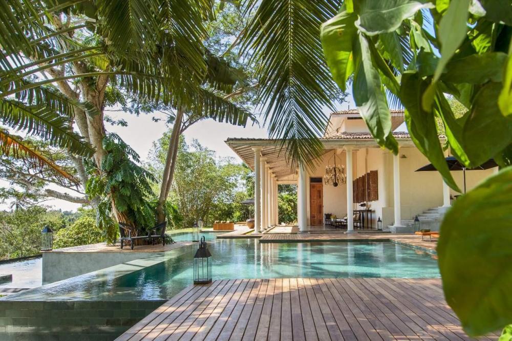 Hotel with private pool - Haritha Villas & Spa