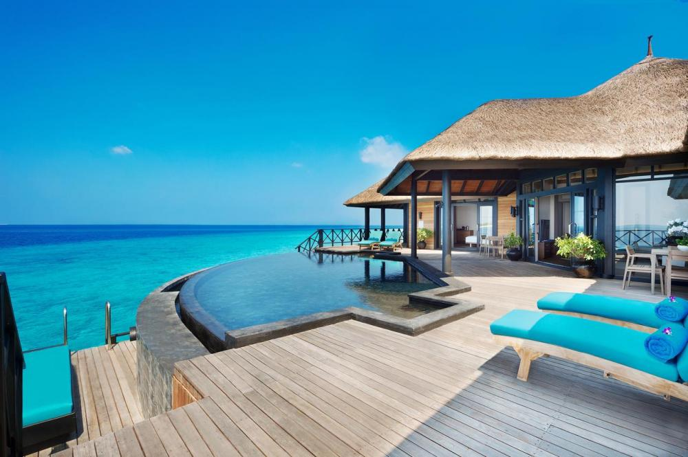 Hotel with private pool - JA Manafaru Maldives