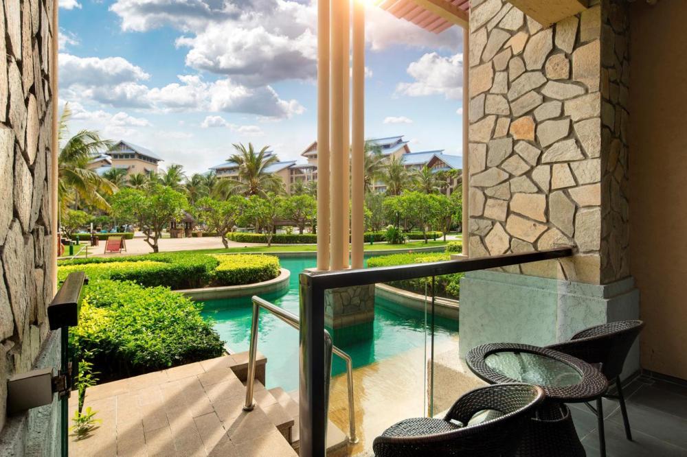 Hotel with private pool - Hilton Sanya Yalong Bay Resort & Spa