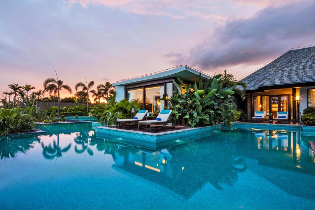 Hotel with private pool - Hilton Wenchang