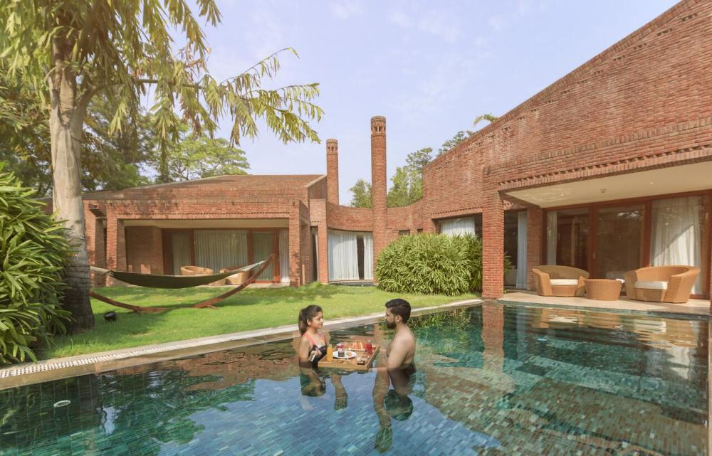 Hotel with private pool - The Westin Sohna Resort & Spa