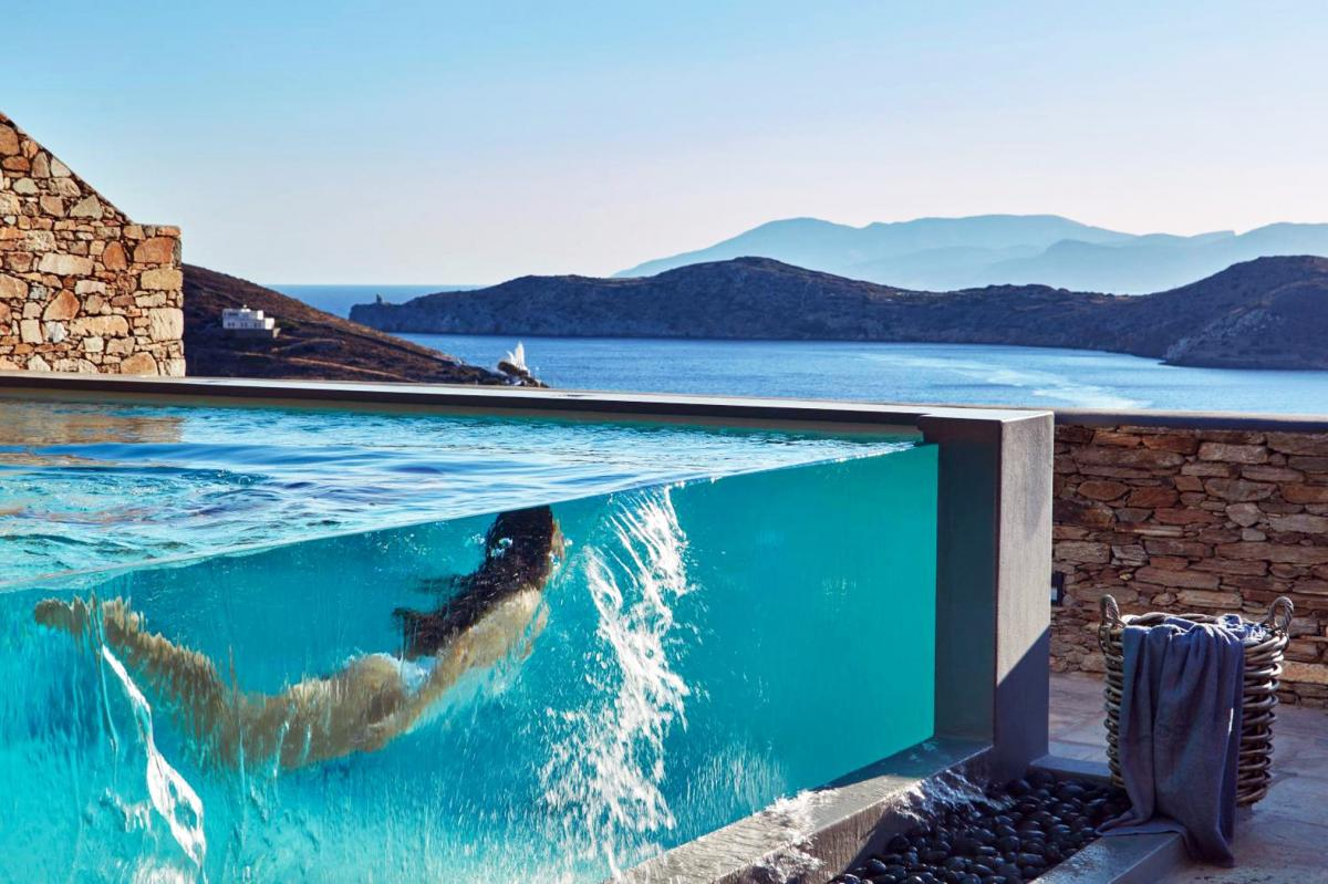 Hotel with private pool - Liostasi Hotel