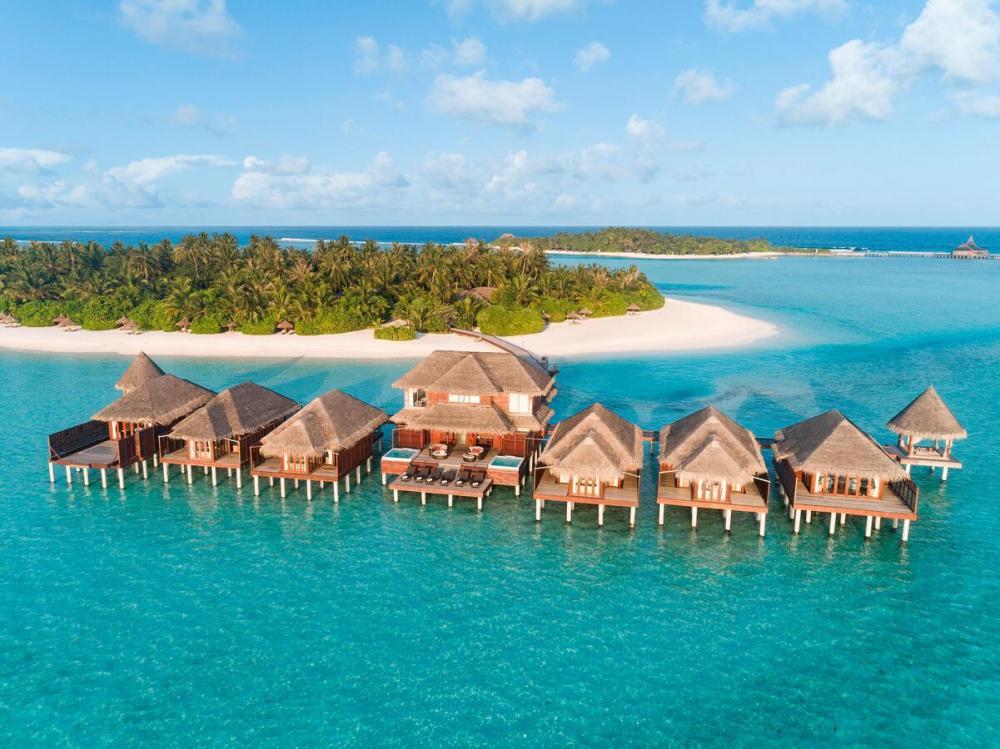 Hotel with private pool - Anantara Dhigu Maldives Resort