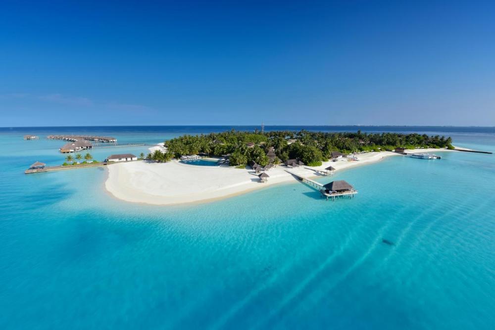 Hotel with private pool - Velassaru Maldives