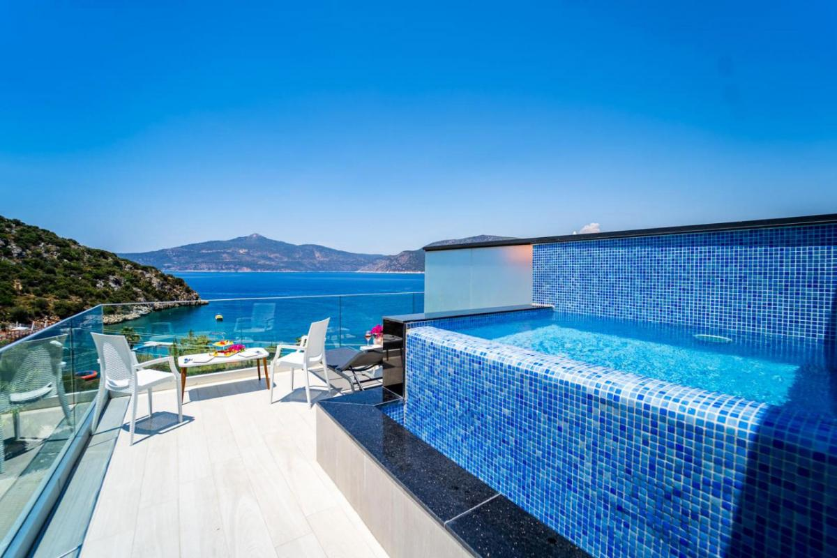 Hotel with private pool - Greenbeach Hotel