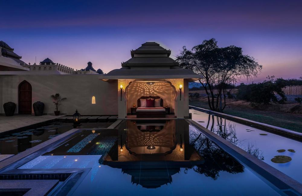 Hotel with private pool - Evolve Back Hampi