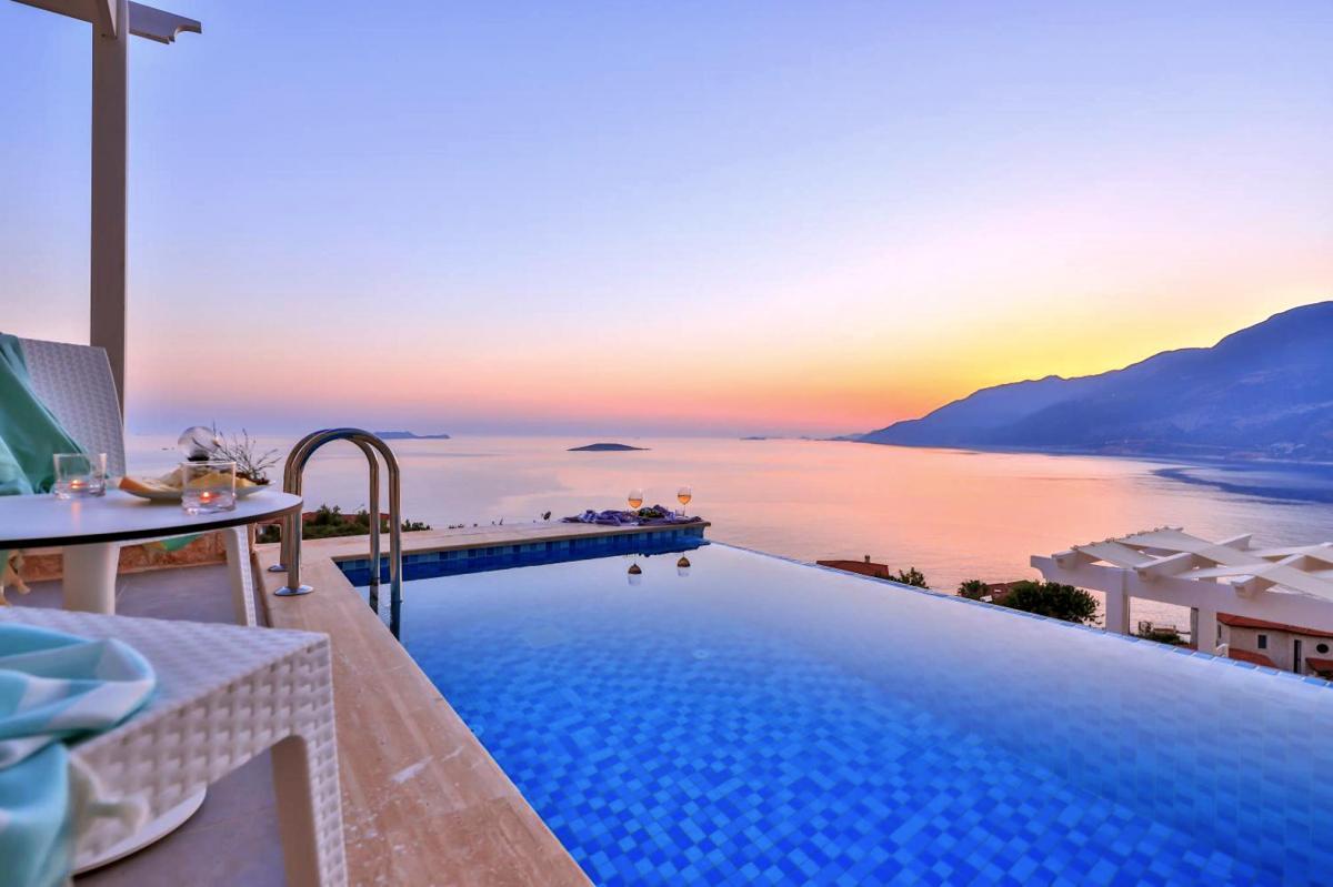 Hotel with private pool - Kaş Lisiya Hotel