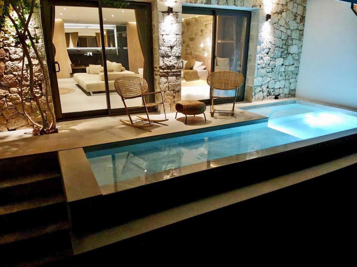 Hotel with private pool - Villa Hotel Tamara