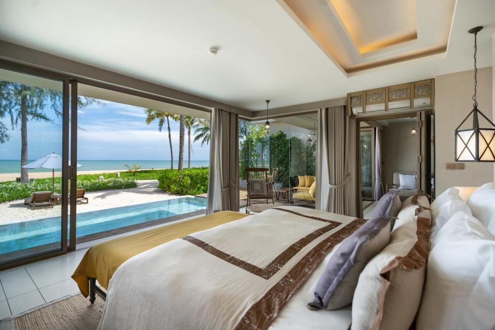 Hotel with private pool - Devasom Khao Lak Beach Resort & Villas