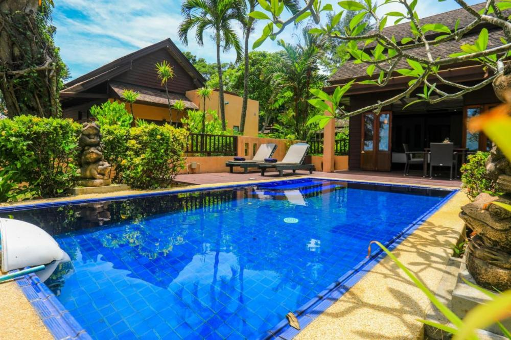 Hotel with private pool - Khaolak Merlin Resort