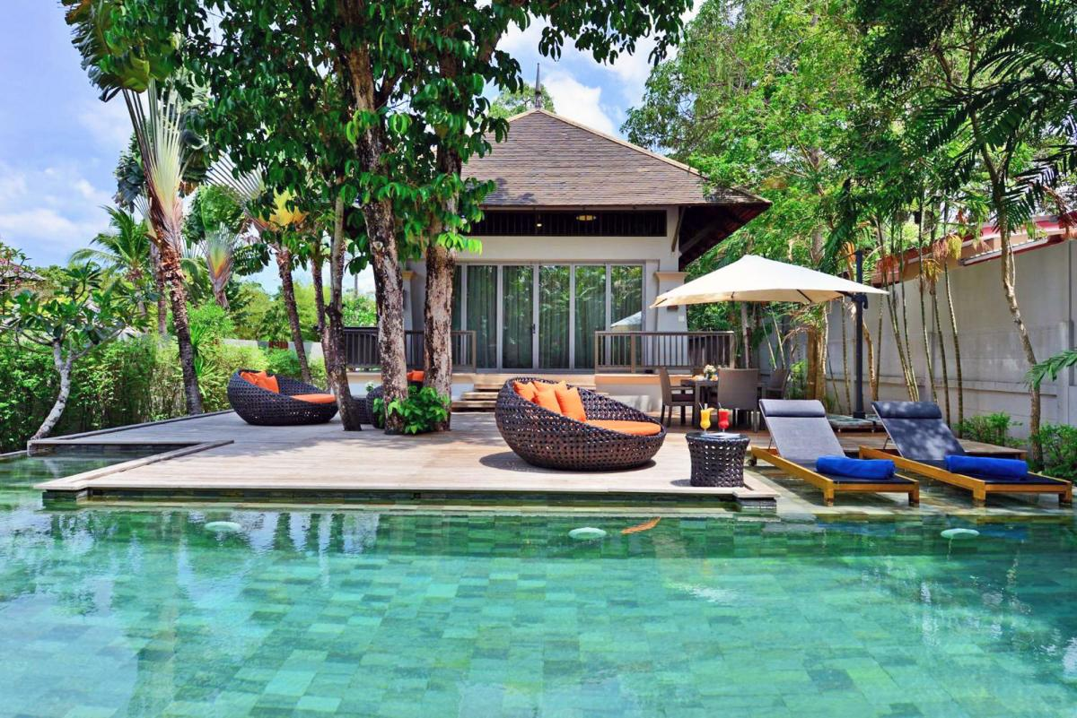 Hotel with private pool - Layana Resort & Spa