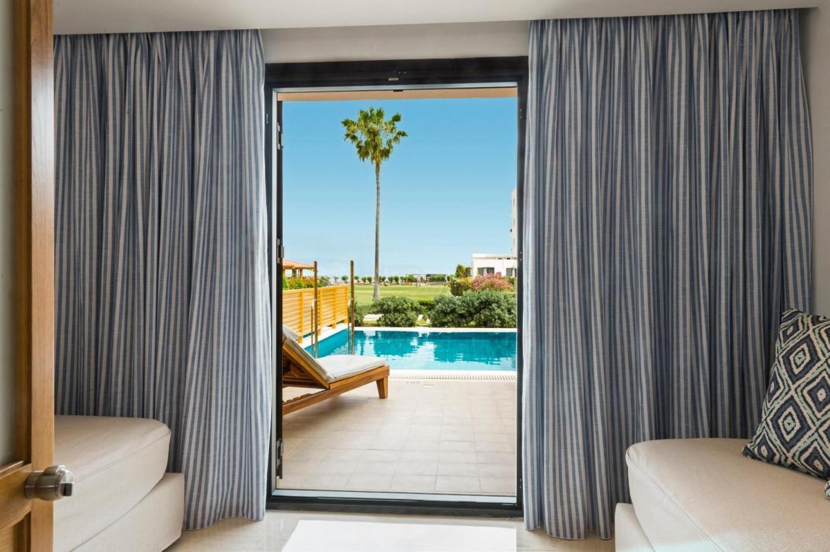 Hotel with private pool - Mitsis Ramira Beach Hotel