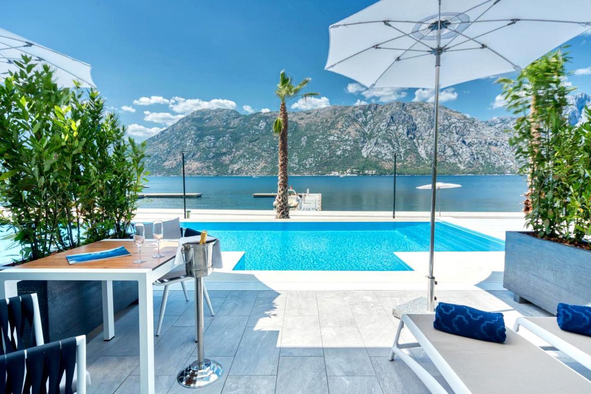 Hotel with private pool - Blue Kotor Bay Premium Spa Resort