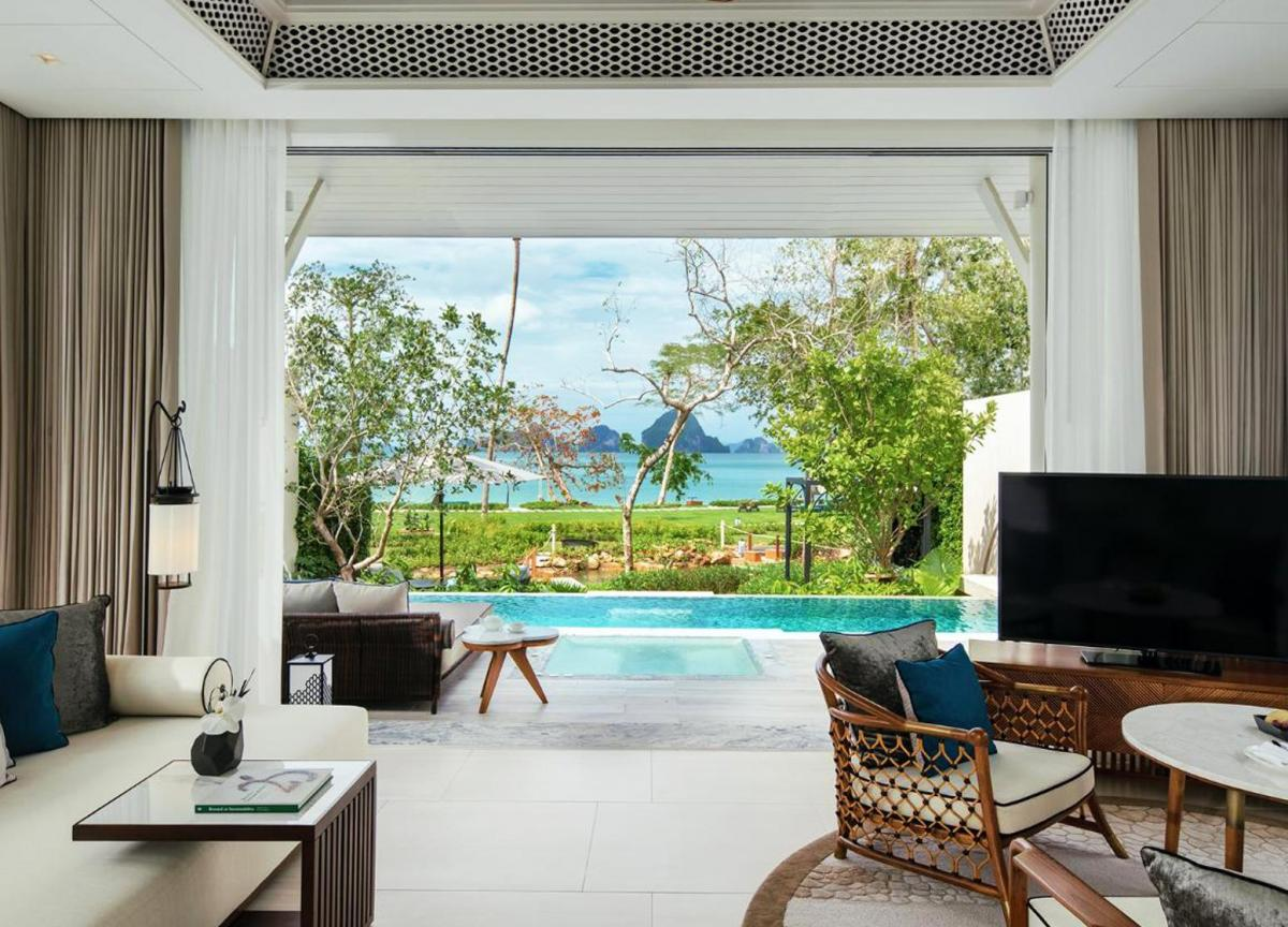 Hotel with private pool - Banyan Tree Krabi