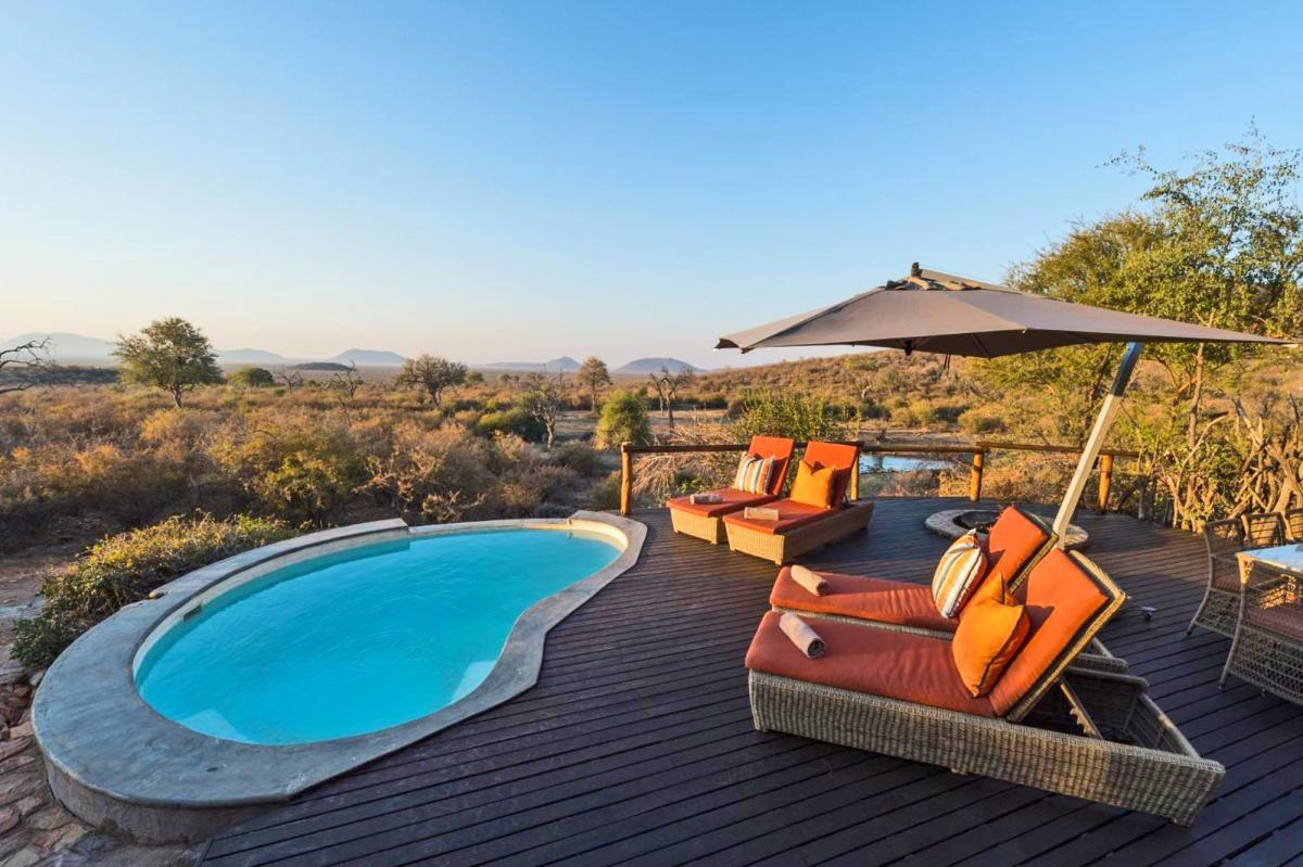 Hotel with private pool - Impodimo Game Lodge
