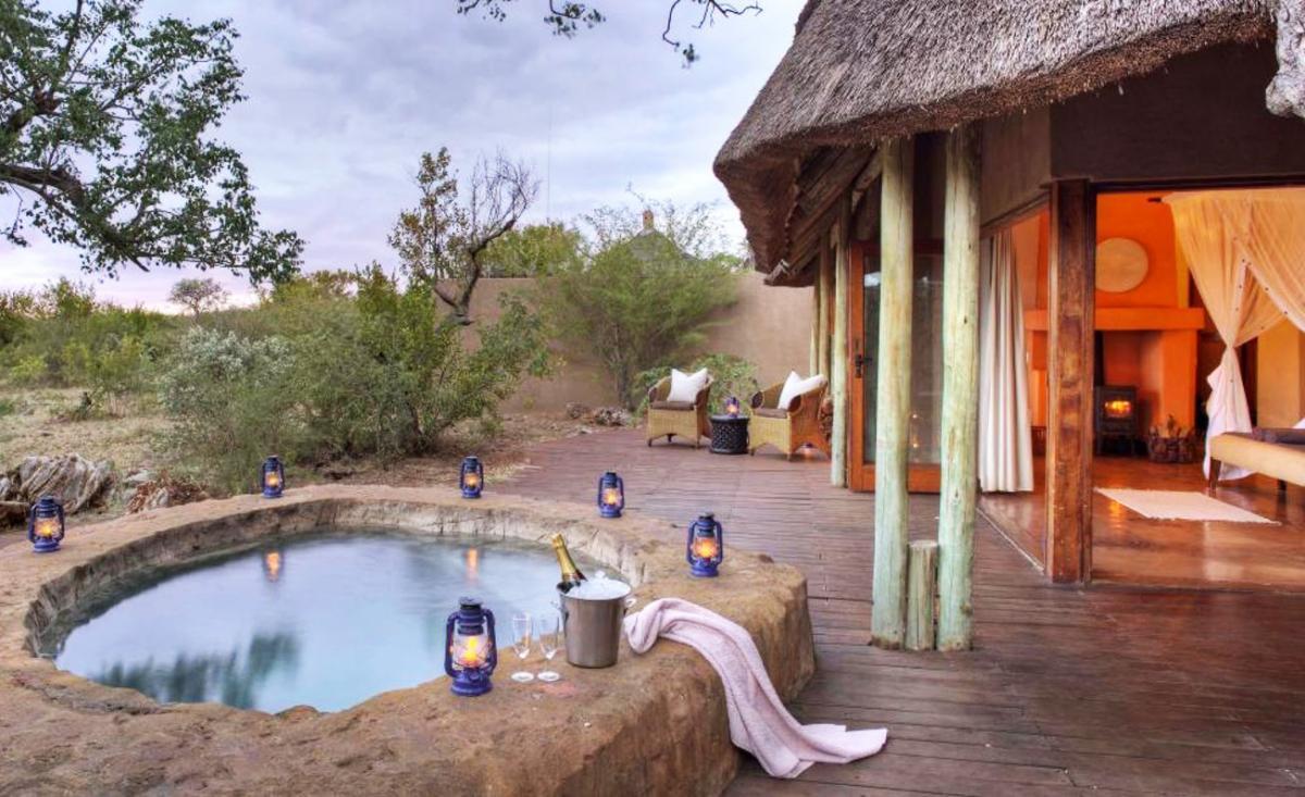 Hotel with private pool - Rhulani Safari Lodge
