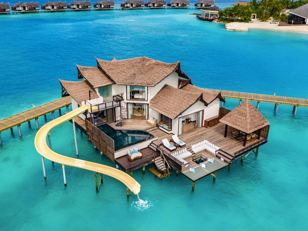Hotel with private pool - OZEN RESERVE BOLIFUSHI - A Luxury All-Inclusive Resort