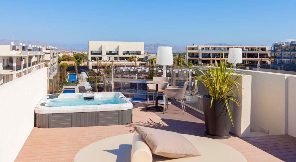 Hotel with private pool - Viva Zafiro Alcudia & Spa