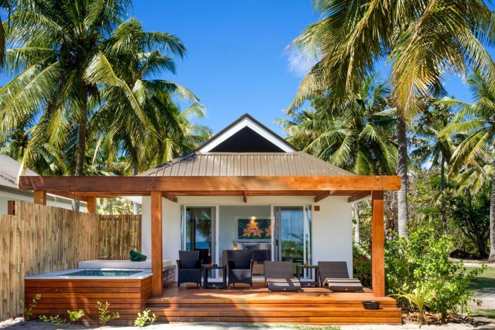 Hotel with private pool - Lomani Island Resort – Adults Only