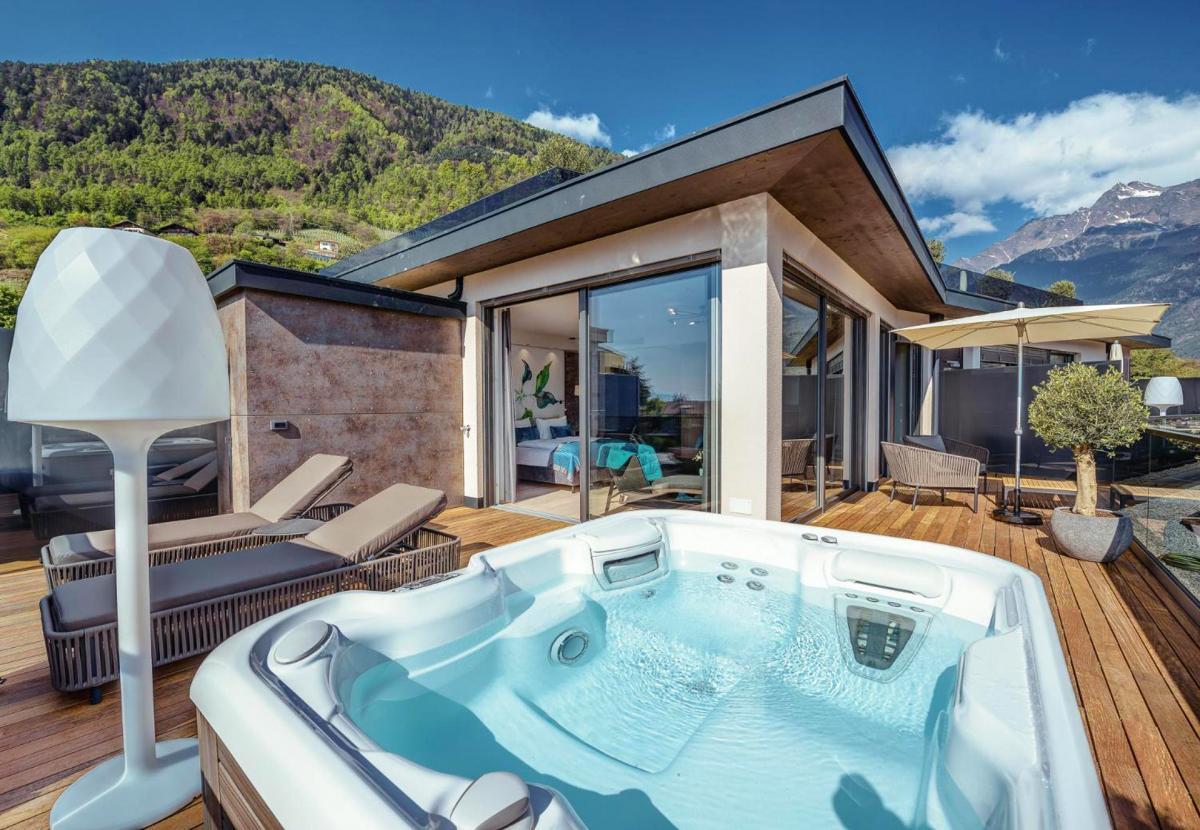 Hotel with private pool - La Maiena Meran Resort