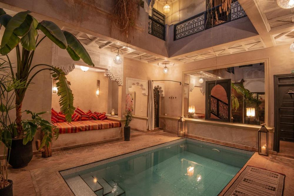 Hotel with private pool - Riad Spa Sindibad