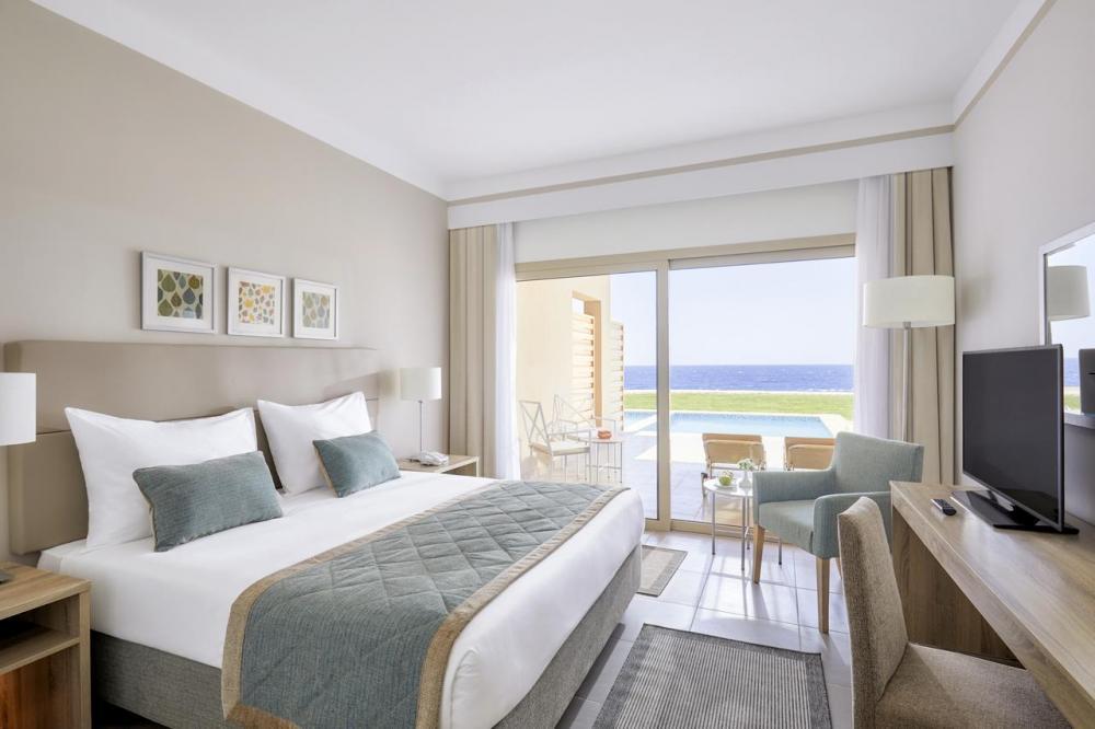 Hotel with private pool - Jaz Maraya Resort