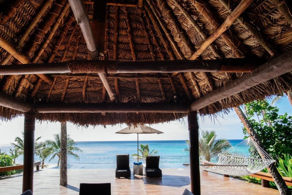 Hotel with private pool - Yasawa Island Resort & Spa