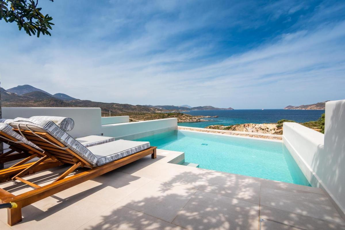 Hotel with private pool - Hotel Milos Resort